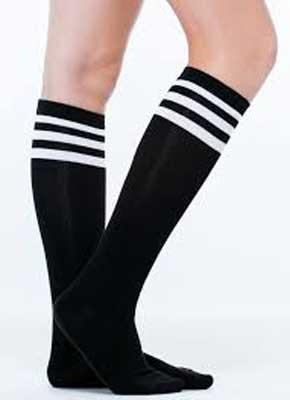 مواد مورد استفاده در جوراب های ورزشی - لایکرا